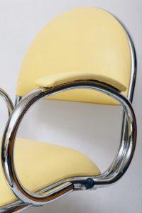 chromowany żółty fotel vintage, lata 70.