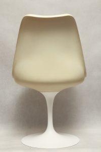 saarinen, ikona designu, krzesło tulip, space age, lata 60.