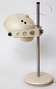 metalowa lampa biurkowa, vintage, lata 70.